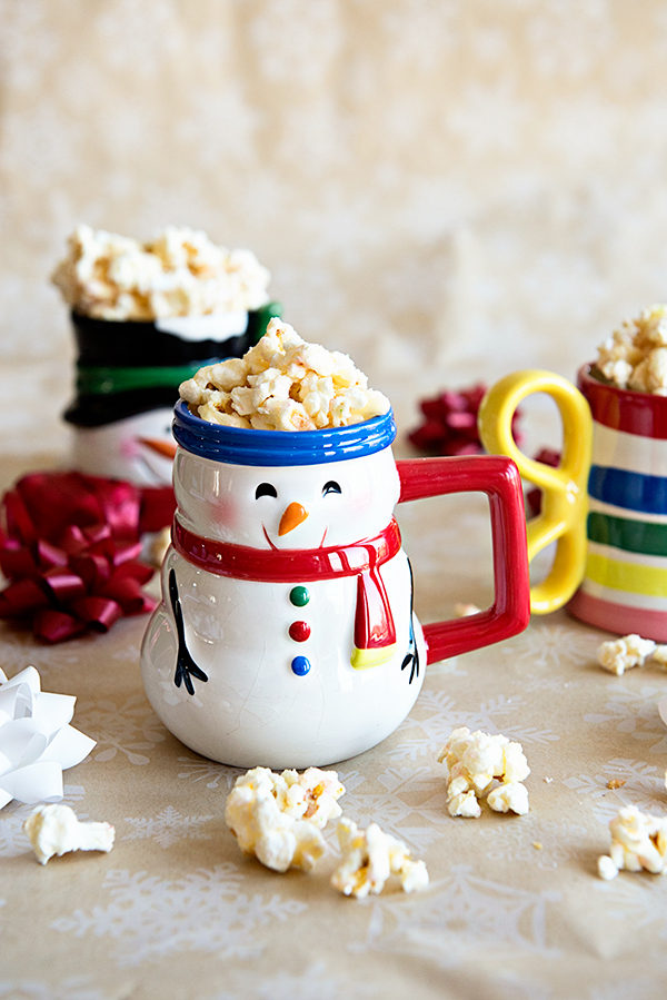 A sweet and salty Vanilla Popcorn recipe on theaboutwhatblog.com